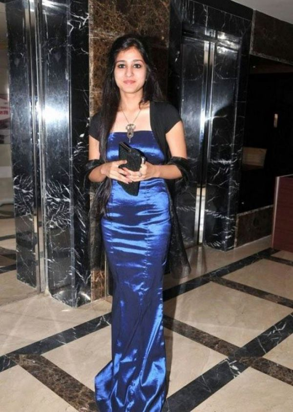 Top escort asian Bahrain girl Simran Khanna will please you tonight