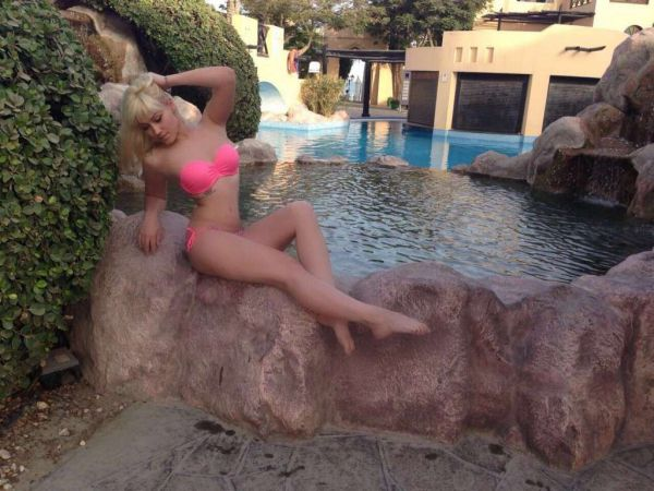 Look for escorts & babes? Book prostitute Sandra on SexBahrain.club