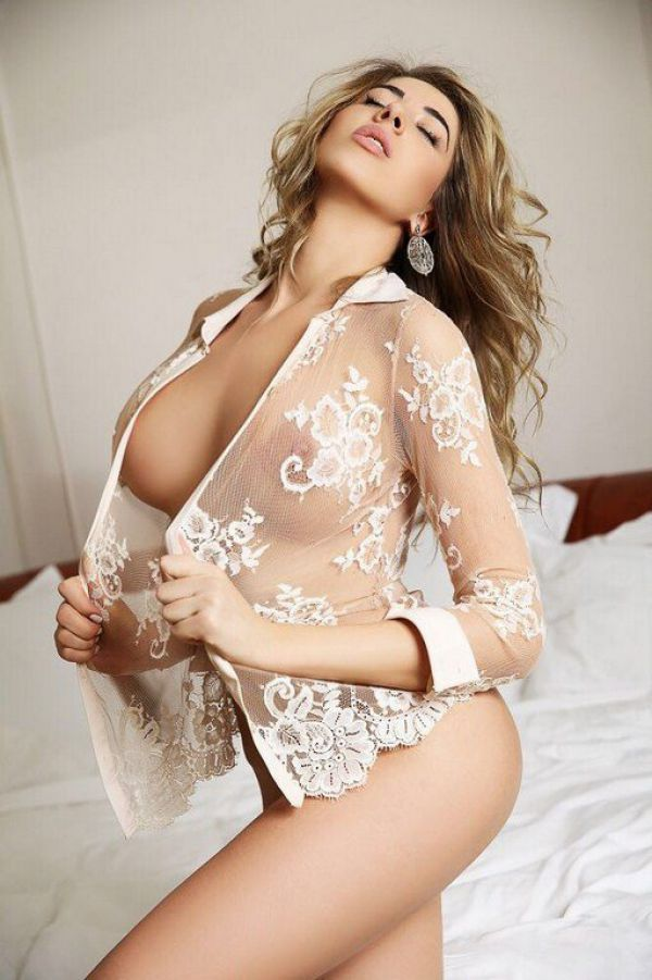 Sex with top escort in Manama, call +973 33 659 708