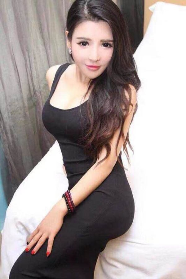 Sexy asian escort in Bahrain available at +973 38 476 623
