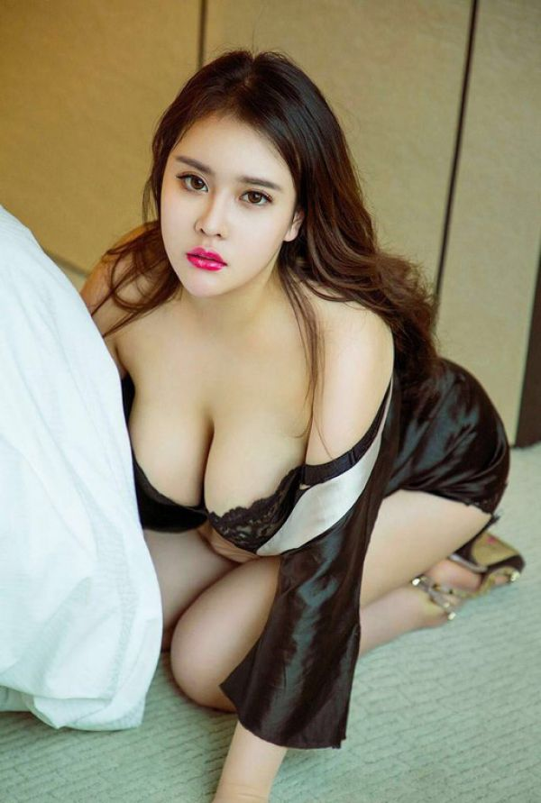 Qiqi  available 24 hours on escort web site SexBahrain.club