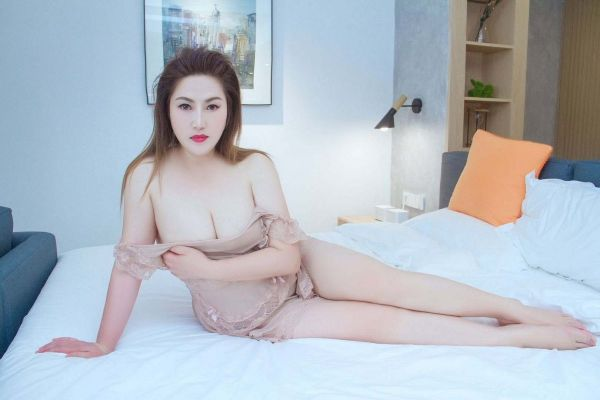 Euro escort girl: age: 25, weight: 55 kg, height: 163 cm