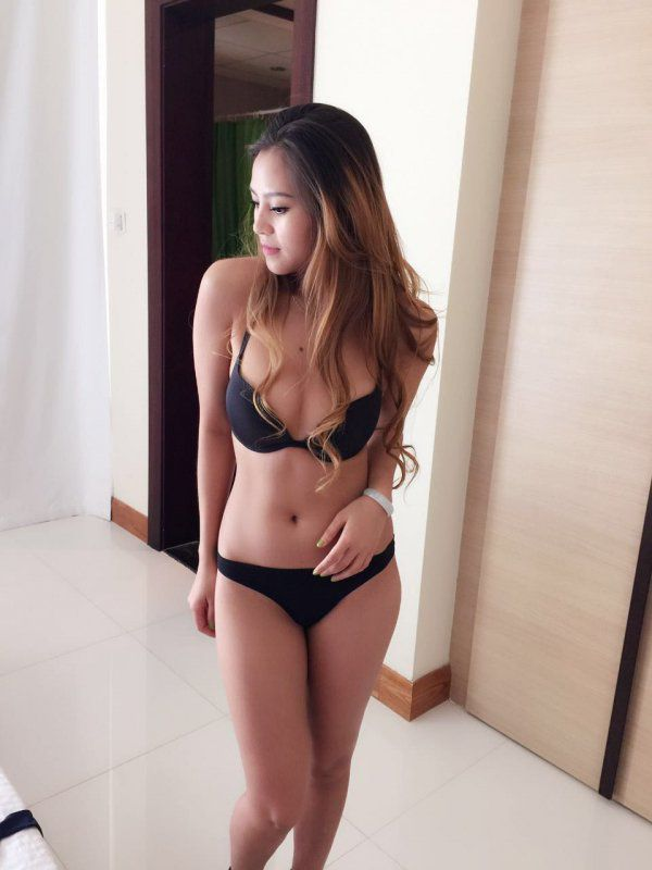 One of the cheapest Bahrain escorts. Rates start from BHD 120/hr