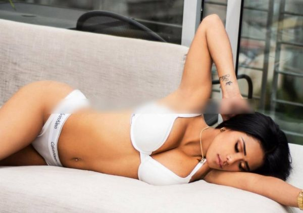 19 years PAOLA LATINA  provides massage services in Manama from BHD 150