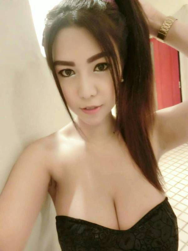 VIP treatment from 20 year-old elite escort Ammy
