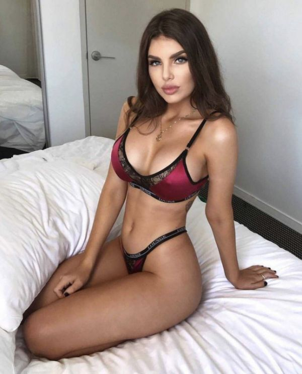 Lesbian call girl MILA is waiting for ladies