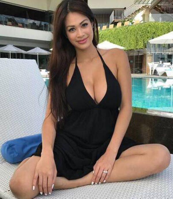 Escort 24 7, Helen  is a perfect partner for sex in Bahrain