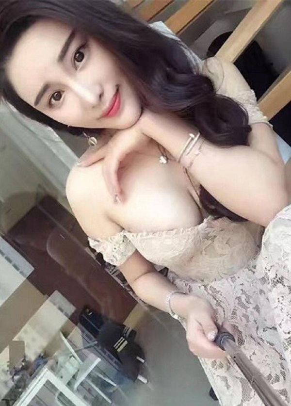24 7 Bahrain escort Sex Service Baby jiaji, aged 21 is always at your service