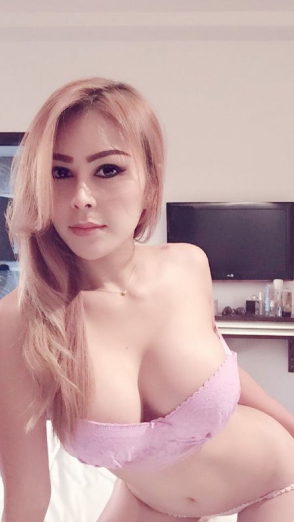 Escorts Services — Maya, 26