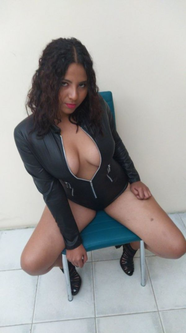 One of the best arab escorts in Bahrain: Mistress Brazil , phone number +973 35 094 461