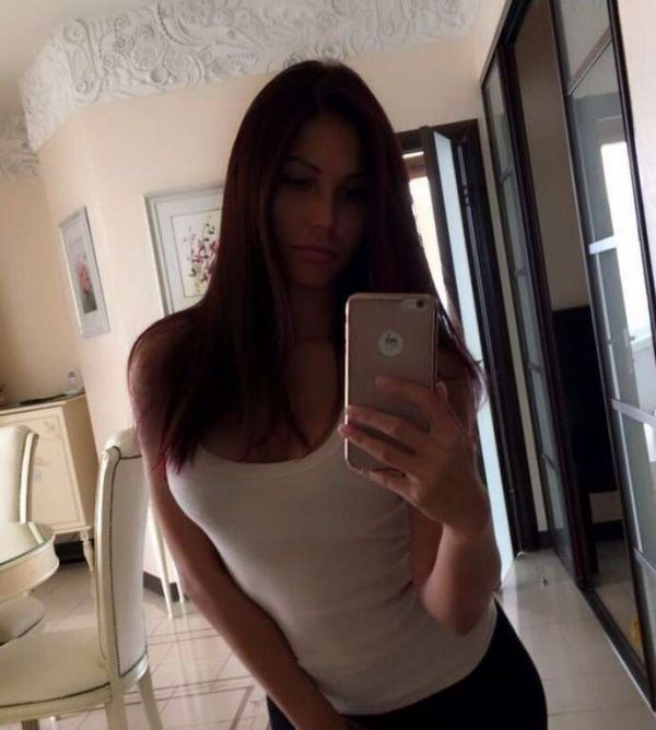 Salma, Bahrain english escort, ready for sex for BHD 150 per hour