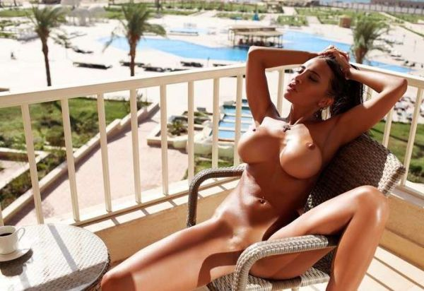 24 7 Bahrain escort Salma, aged 19 is always at your service