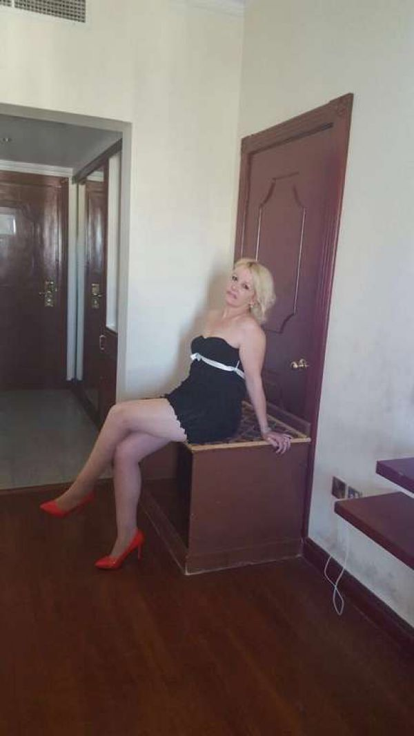 Visit out call girl in Bahrain. From BHD 80/hr